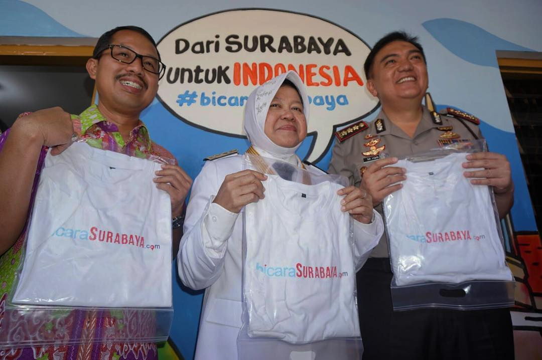 Dari kiri, Kajari Surabaya Didik Farkhan, Wali Kota Surabaya Tri Rismaharini dan Kapolrestabes Surabaya M. Iqbal (Dok. Redaksi)