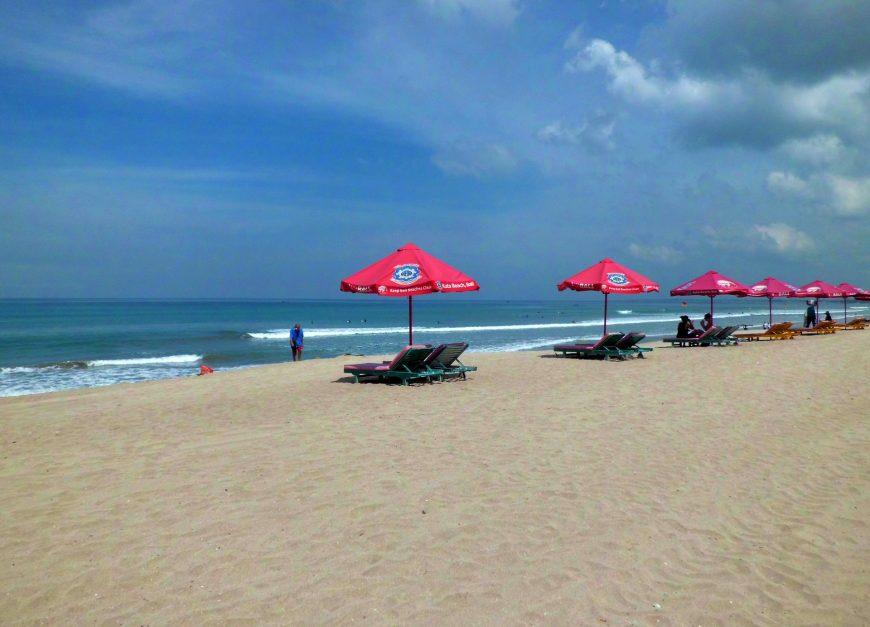 Pantai Kuta Bali /pixabay