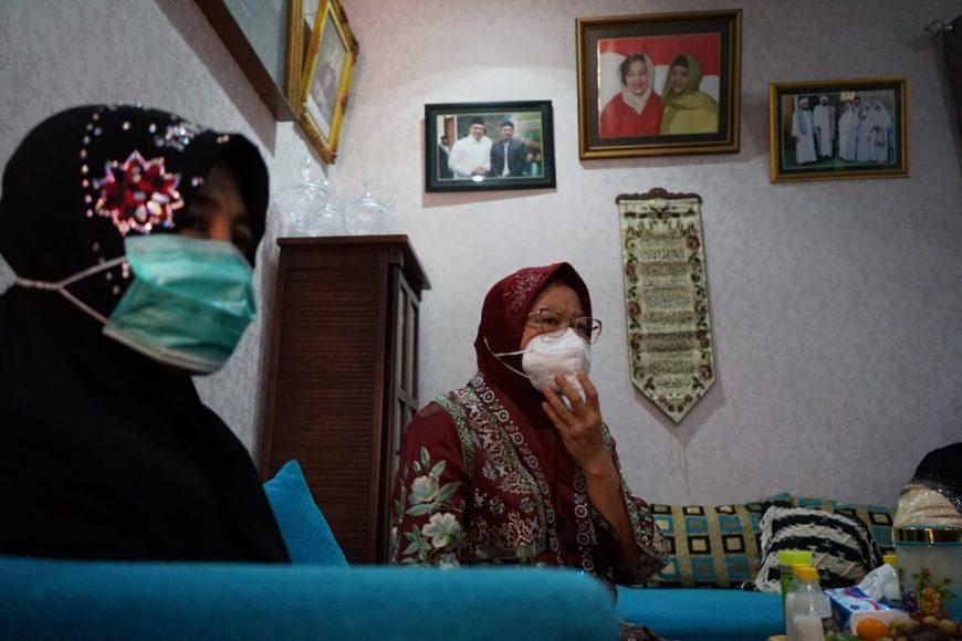 Tri Rismaharini saat sowan ke Ponpes Salafiah Syafi'iyah di Situbondo, Jatim   Ist