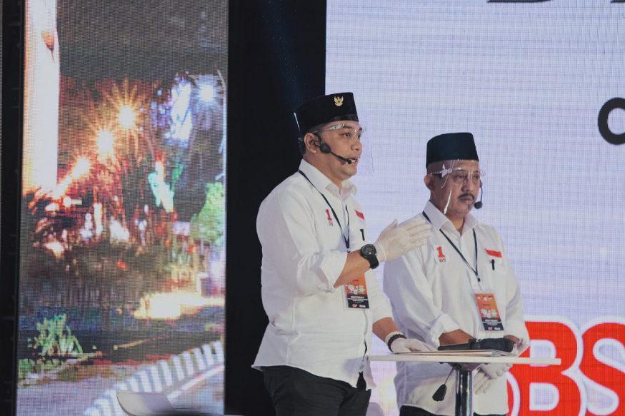 Eri-Armuji saat debat kedua Pilkada Surabaya/ist