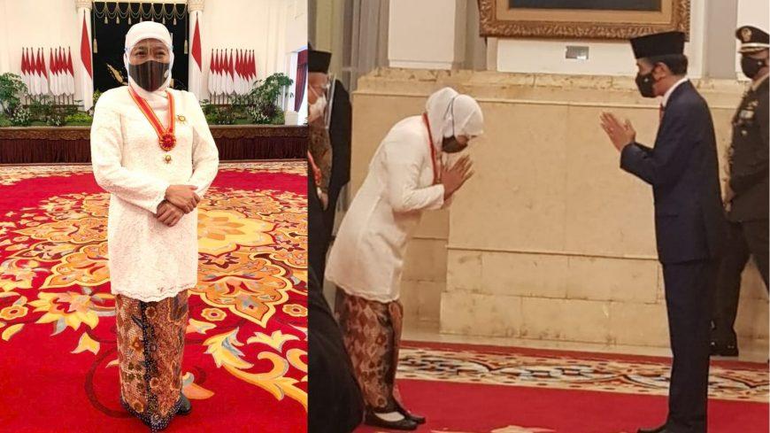 Gubernur Khofifah saat menerima Anugerah Bintang Mahaputera Utama dari Presiden Jokowi di Istana Negara | Ist