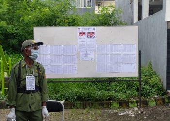 Suasana pemungutan suara ulang di TPS 46 Kedurus, Kecamatan Karangpilang Surabaya, Minggu (13/12/2020) /Ist