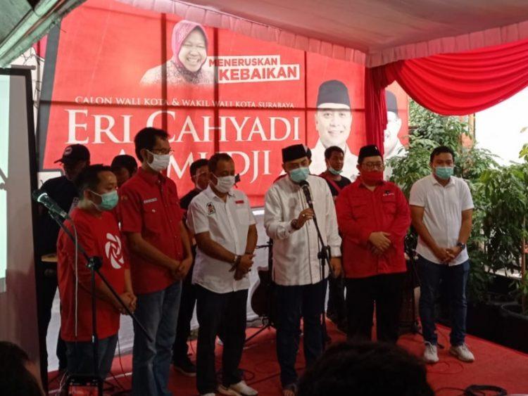 Eri Cahyadi-Armuji saat memberikan keterangan pers di kantor DPC PDIP Jalan Setail, Surabaya, Rabu (9/12/2020) sore /Ist