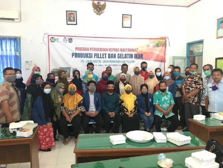 Tim Abmas ITS bersama perwakilan dari 21 UMKM di Kabupaten Pacitan/ist