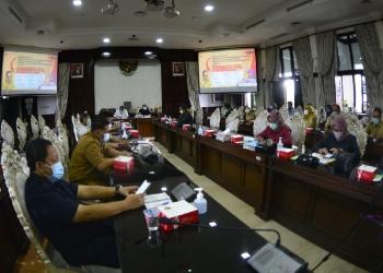 Rakor terkait PPKM di Balai Kota Surabaya /Ist