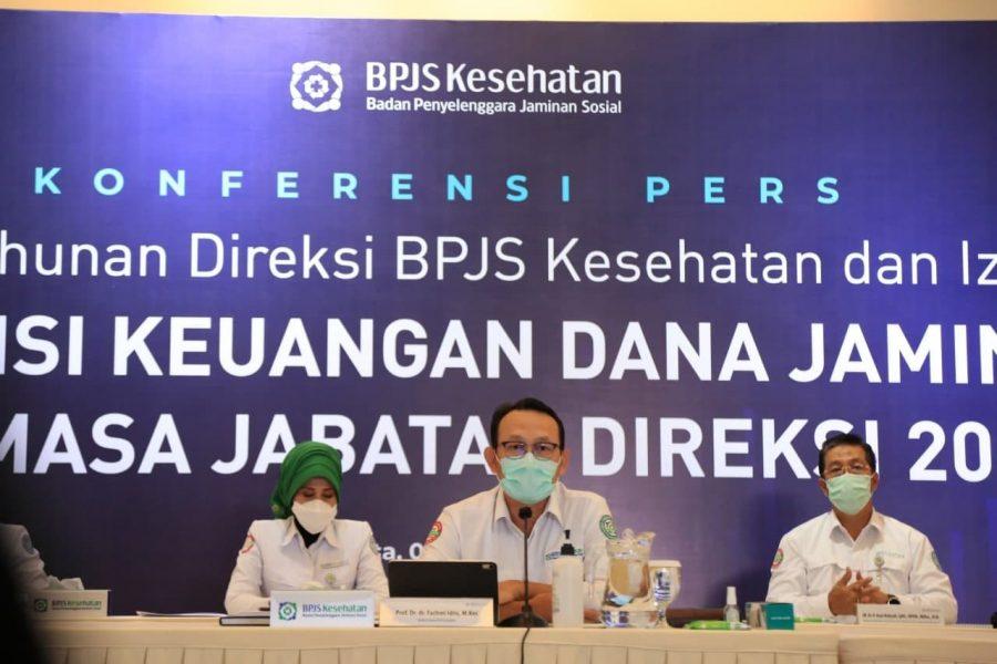 Direktur Utama BPJS Kesehatan, Fachmi Idris (depan tengah) saat menggelar konferensi pers di Jakarta /Ist