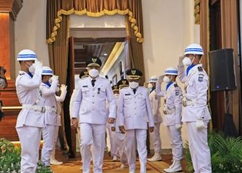 Wali kota dan Wakil Wali Kota Surabaya, Eri Cahyadi - Armudji usai acara pelantikan di Gedung Negara Grahadi, Jum'at (26/2) /Ist