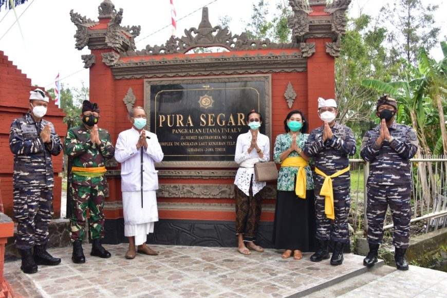 Acara peresmian Gapura Majapahit di Area Pura Segara Surabaya /foto: Dispen Koarmada II
