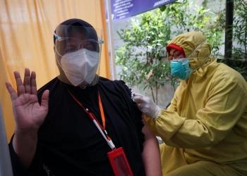 Vaksinasi berlangsung di Puskesmas Menur Pumpungan Surabaya /Ist