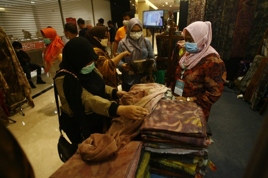 Pameran Batik di Grand City/ist