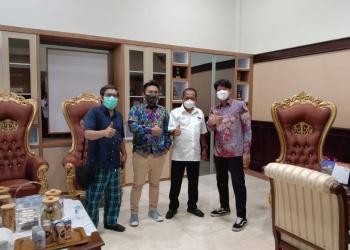 Bayu Skak saat bertemu Wawali Surabaya/bicarasurabaya.com